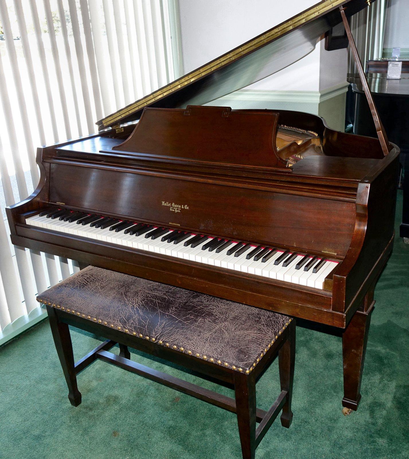 """Bill Kap Piano pany """"Ohio s st Piano Showcase"""""""